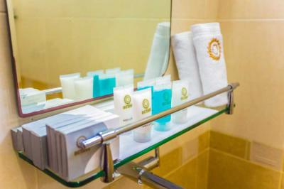 toiletries provided by hotel