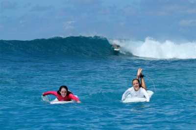 Surf trips to north Male' atoll world famous surf spots